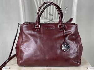 MICHAEL KORS Large Smooth BROWN Leather Convertible Satchel Tote Handbag Purse