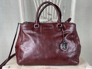 MICHAEL KORS Large Smooth BROWN Leather Convertible Satchel Tote Handbag Purse