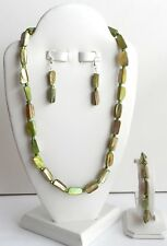 4 PIECE HANDCRAFTED NEW CHUNKY GREEN MOTHER OF PEARL JEWELRY SET-AWESOME