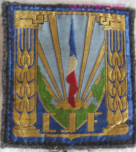 IN11329 - TISSU C.J.F. INSIGNE GENERAL DE POITRINE