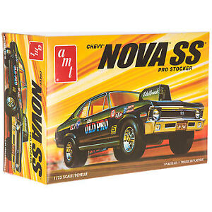 AMT 1972 Chevy Nova Ss Old Pro 1:25 Scale Model Car Kit New