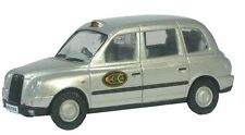 "Oxford Commercials: ""Dial a Cab"" Tx4 Taxi Silver British 1:76 New/box 76Tx4004"