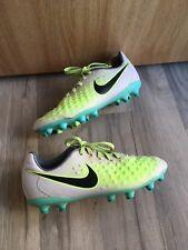Nike Kids Football Boots Size 2.5