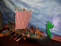 VIKING  SHIP HUGE VERY LARGE -ALL PLASTIC-  1/35 TO 1/25 SCALE  DEAL L@@k!!!