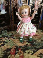 Vintage Madame Alexander WENDY SUNNY DAY 1957, # 370 RARE AND HARD TO FIND