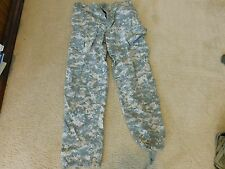 US  ARMY ACU PANTS RIPSTOP SIZE LARGE - REGULAR