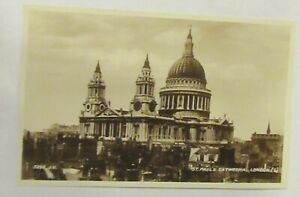 St Paul's Cathedral, London. (6) Valentine 3292 J.V.. Real Photograph