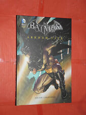 BATMAN - ARKHAM CITY -DI: PAUL DINI -CARTONATO- EDIZIONE-DC COMICS LION- nuovo