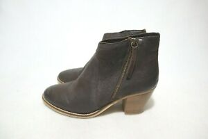 LEATHERSOFT Made in India Size 8 Womens Leather Block Chelsea Boots