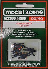 Modelscene Accessories 5059 - Station Staff. (00) - Railway Models