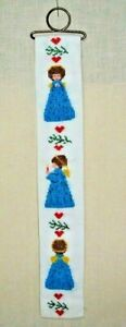 CHRISTMAS ANGEL & HEART DESIGN CROSS STITCH EMBROIDERED 15 INCH BELL PULL