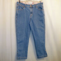 "Levi's Classic Capri Jeans Women's Size 12 Blue 24"" Inseam"
