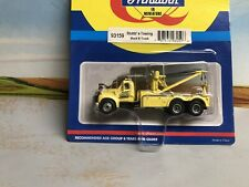 "1/87 HO Scale, Athearn Mack B Tow Truck ""Stubb's Towing & Auto Savage"" NIB"