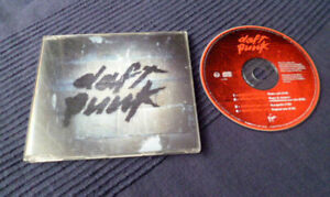 CD SINGLE Daft Punk Revolution 909 feat. Roger Sanchez Mix (8.55) from Homework