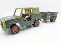 Vintage Tootsietoy US Army Jeep & Trailer & Soldier 32465 42457 Plastic & Metal