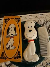 Vintage 1970 Avon Snoopy Character Comb & Brush Set in original box
