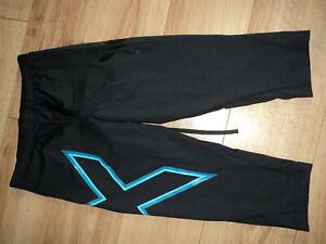 2XU women compression leggins, size M.