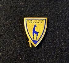 CHAMONIX Club de Sports Vtg Ski Pin Badge FRANCE Souvenir Travel Lapel