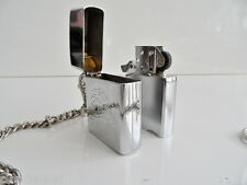 "BRIQUET A ESSENCE/PETROLE PIERRE VINTAGE""JACKSON LIGHTER""STYLE ZIPPO+CHAINETTE.."