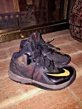 NIKE Fire Flame STUTTER STEP 2 SWOOSH BOYS Basketball ATHLETIC SHOES SIZE 12.5