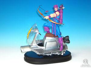 Hawkeye On Sky Cycle Box Gentle Giant Marvel Comics Avengers New In Box 15/160
