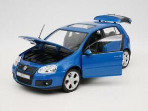 Volkswagen Golf GTI RARE 1:24 SCALE DIORAMA DIECAST MODEL CAR