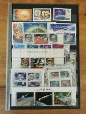 Timbres avec 2 timbres sur espace