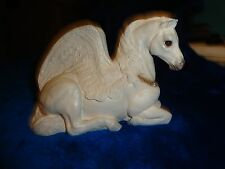 WINDSTONE EDITIONS MOTHER PEGASUS WHITE 1992