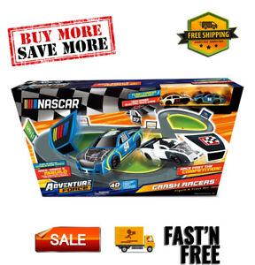 Crash Racers Figure 8 Circuit, 5 - 7 Years, Unisex Nascar Crash Racer Figure