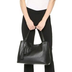 EUC Tory Burch Thea Center Zip Pebbled Leather Tote in Black w/ tassel-$495