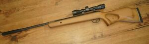 Benjamin Titan NP .22 cal (5.5mm) air rifle with Center Point scope