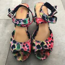 GAP floral poppy ankle wrap wedges! Size 8