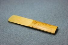NEW 1pcs Traditional Tenor Sax Reeds Reed bB 2.5 Strength