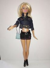 Barbie 2009(Ropa y complementos incluidos)(Clothing and accessories included)