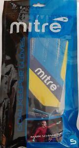 Mitre Magnetite Jnr Soccer / Football Goalie Goalkeeper Gloves Pair Size 5 - NEW