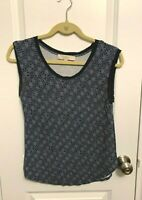 Ann Taylor LOFT blue and white floral sleeveless blouse-size small