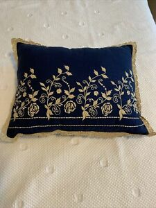 April Cornell Pillow embroidered crocheted lace trim 15*18 Navy/beige