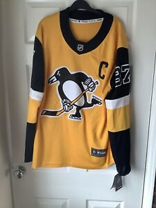 Brand New With Defects Fanatics NHL Pittsburgh Penguins Jersey Black Medium