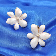 1Pair Noble Gold New Elegant Women Fashion Flower Celeb Ear Stud Earrings Gift
