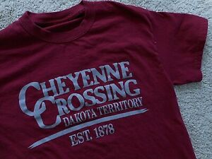 Cheyenne Crossing South Dakota Territory T shirt Spearfish Canyon Burgundy Small