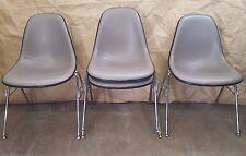LOT OF 4 Eames Herman Miller Upholstered Fiberglass Black/Gray Side Shell Chair