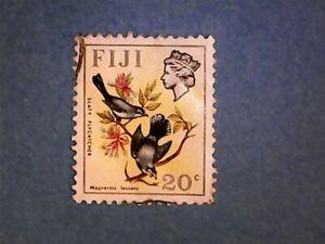Fiji. QE2 1972 20c Birds & Flowers. SG467. Wmk Ww12 sideways. P13½ x 14. Used.