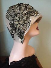 Chapeau cloche art déco lin noir & doré 1920 mariage années 1920 Gatsby Downton