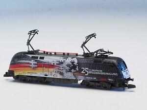 88587 Marklin Z-scale 5-pole Taurus Electric Locomotive  ES 64 U2 3 pantographs
