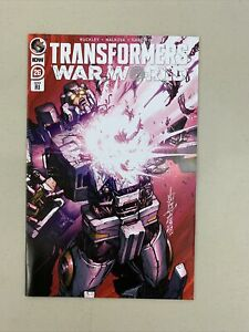 Transformers #26 War World 1:10 RI Retailer Milne Variant Cover IDW 2021