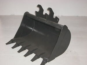 "36"" Bucket with teeth fits Kubota U35 Q/A"