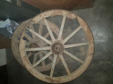 Antiche ruote di carro - da restaurare - con inserti in ferro
