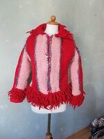 Jacke Strickjacke  Fransen rot / rosa  warm Übergang Boho Ethno  Gr 36 S (S35) *