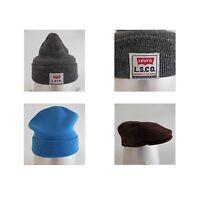 1 bonnet gris LEVI'S + 1 bonnet bleu + 1 casquette béret marron