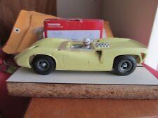 Vintage 1/24 scale COX Cheetah chassis W/ Atlas Lola T-70 roadster body slot car